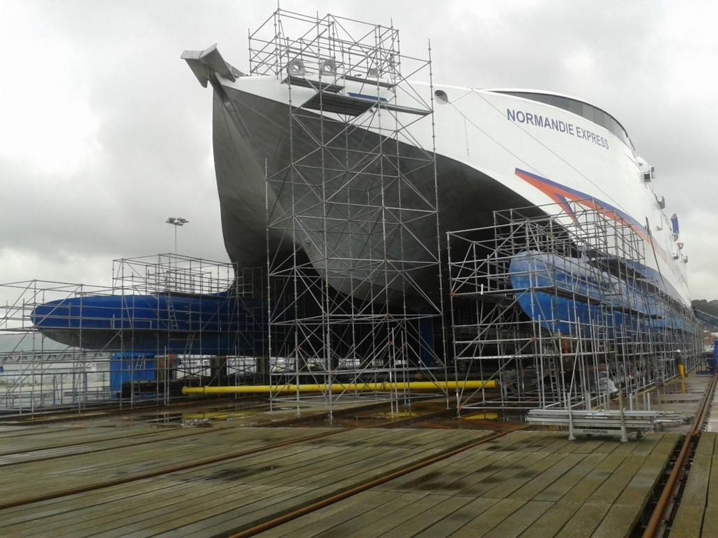 echafaudage du bateau Normandie Express